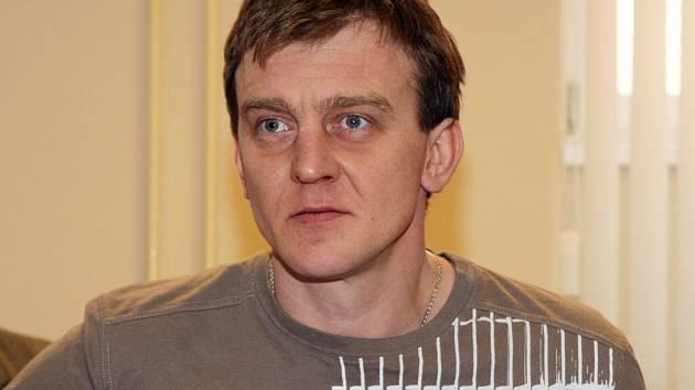 Petr Flajšingr ze Žďárska před soudem vypověděl, že jeho oběť nedala najevo nesouhlas.