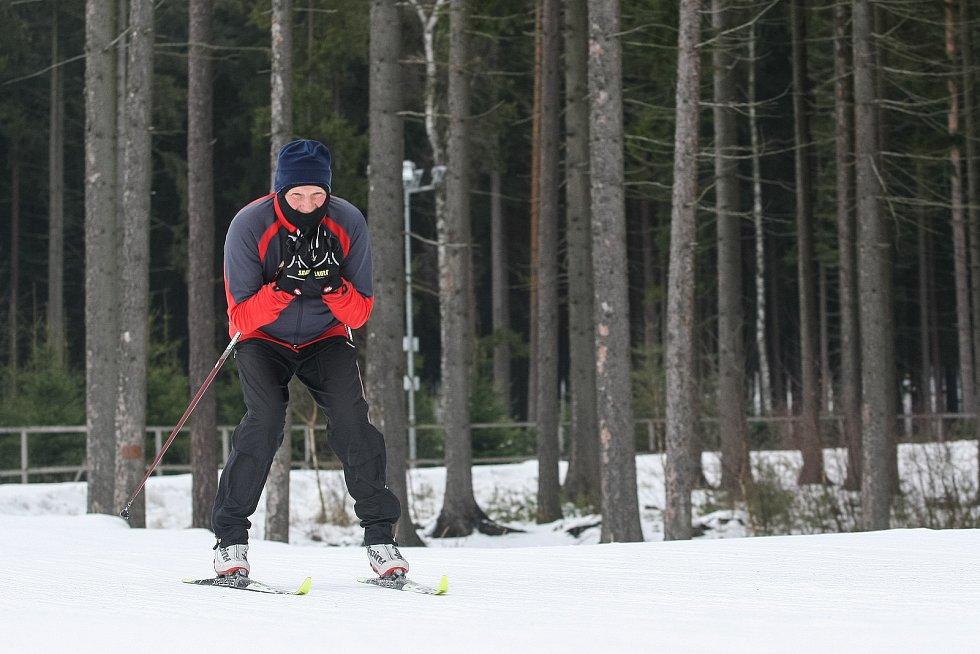 Veřejné běžkování ve Vysočina aréně v Novém Městě na Moravě.
