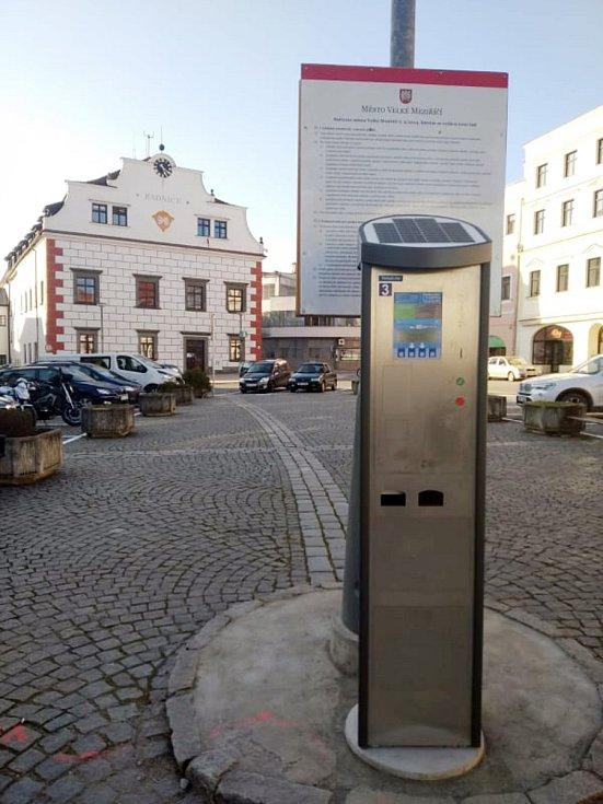 Nový parkovací systém ve Velkém Meziříčí.