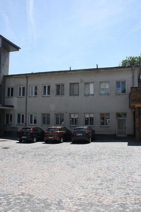 Stávající dětské oddělení Nemocnice Nové Město na Moravě je připraveno na bourání.