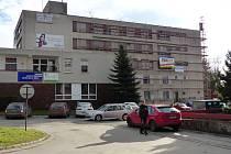 Se zateplením a úpravou fasády počítá žďárský rozpočet na příští rok. Zateplení Moravy a základní umělecké školy bude město dohromady stát devět milionů.