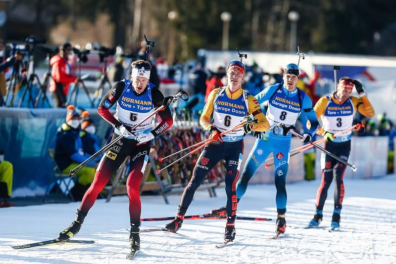 Stíhací závod mužů na 12,5 km.