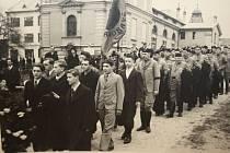 Sokol ve Žďáře vznikl v prosinci roku 1869, během let byla jeho činnost několikrát přerušena. Do dnešní podoby znovu ožil v roce 1992.