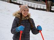 Ke slovu se dostaly lyže a snowboardy.