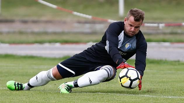 Utkání divize mezi SK Bystřice nad Perštejnem a FC PBS Velká Bíteš.