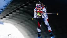 Markéta Davidová ve stíhacím závodu žen na 10 km.