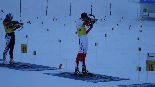 """Z přípravy si biatlonista Martin Žák """"odskočil"""" na Alpencup a doběhl si pro druhé místo."""