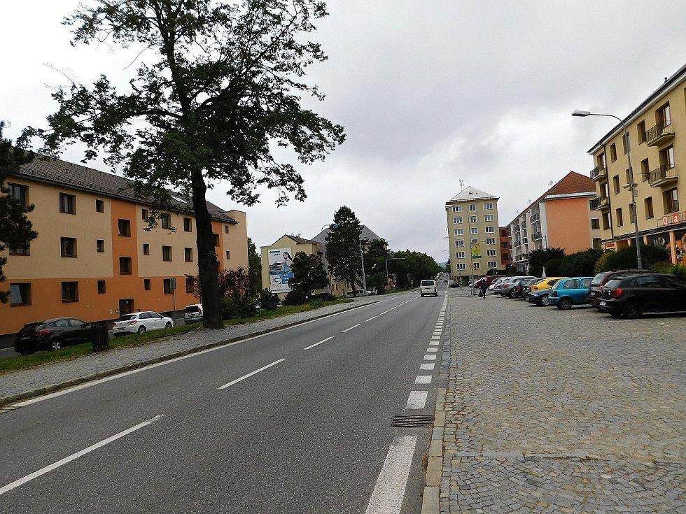Za tři roky došlo na silnici v ulici Brodské ke ztrátě dvou lidských životů.