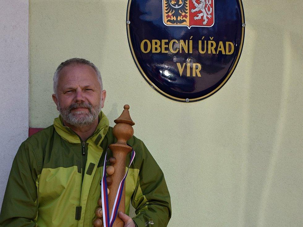 Starosta Víru Ladislav Stalmach.