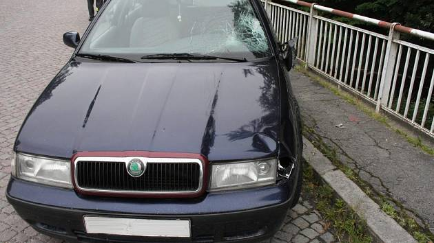 Podle místních se mrtvá žena s řidičem octavie znali.