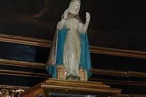 Ostatky svaté Zdislavy odpočívají od roku 2011 v novém relikviáři v chrámu v Jablonném v Podještědí.