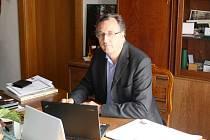Constantin Kinský s rodinou aktuálně dolaďuje projekt na revitalizaci zámeckého areálu ve Žďáře nad Sázavou. Na akci žádá evropské peníze.