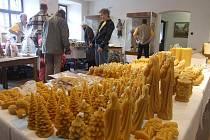 Do medové vůně se o víkendu zahalily prostory Horáckého muzea v Novém Městě na Moravě. Již podesáté se tam totiž konala tradiční včelařská výstava nazvaná příznačně Vůně medu.