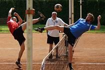 V prvním utkání dalšího druholigového ročníku se nohejbalisté Žďáru nad Sázavou rozešli s týmem Solidarity Praha nerozhodně 5:5.