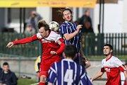Zápas fotbalové Divize D mezi SK Bystřice n. P. a FSC Staré Říše.