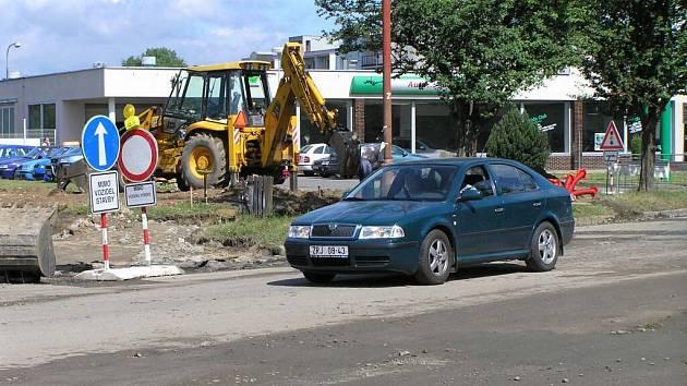 Objezd je nedílnou podmínkou výstavby obchodního domu Kaufland.