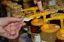 Včelařská výstava potěší, pobaví i poučí.