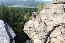 Skalní útvary v Chráněné krajinné oblasti Žďárské vrchy jsou pravidelně obleženy lezci všech věkových kategorií. Mezi nejčastější cíle horolezců patří Drátník, Čtyři palice nebo Pasecká a Malinská skála.