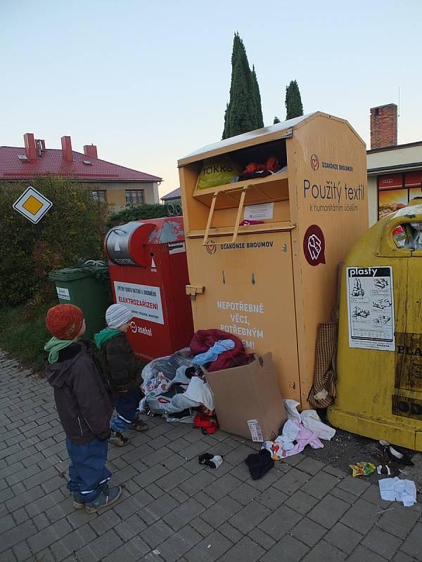 Nepořádek na veřejných místech, ilustrační foto