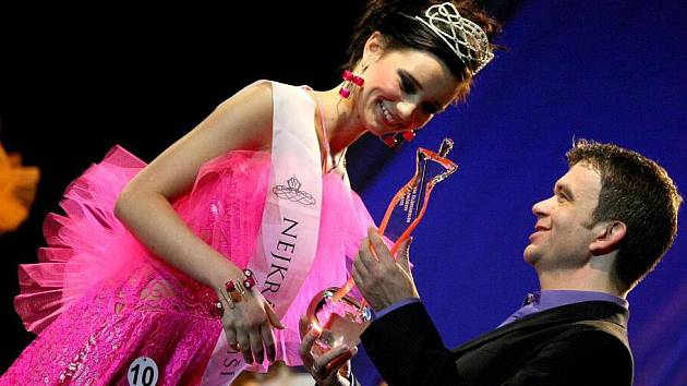 Šestnáctý ročník soutěže krásy Miss Vysočiny 2010 je minulostí. Galavečerem provedl dvanáct finalistek a sál plný lidí tradiční moderátor Jan Čenský. V programu vystoupili taneční skupina Xside DANCERS a slovenský zpěvák Peter Nagy.