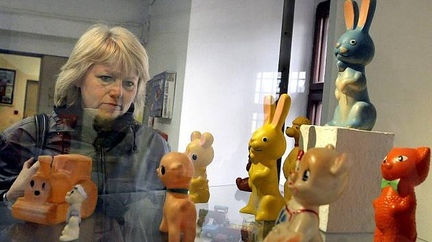 Hračky z 80. let 20. století a starší jsou až do 21. listopadu k vidění ve žďárském muzeu na Tvrzi.
