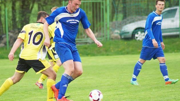 Osová Bítýška (v modrém) si derby proti Křižanovu přeložila na svátek sv. Václava.
