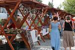 Stánkový prodej rukodělných výrobků je nejen ve Žďáře nad Sázavou velmi oblíbený. Ilustrační foto.
