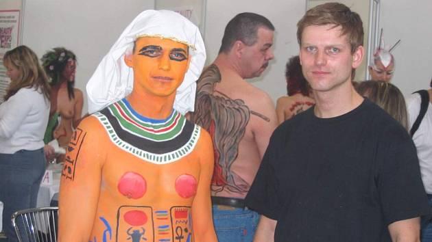 Žďársko na mistrovství České republiky v malování na tělo bude reprezentovat rodák ze světnova Radek Fiksa.