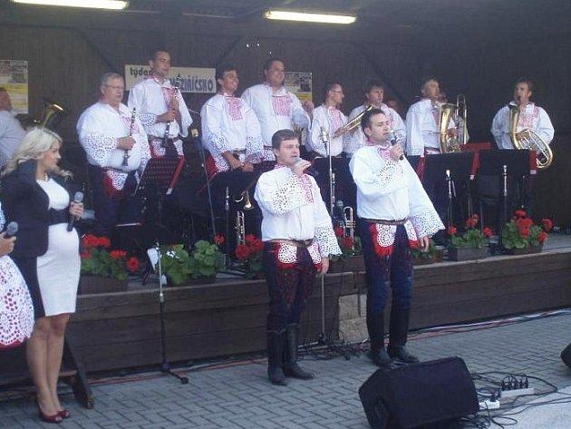 Do Dolních Heřmanic vrací odpoledne plné dechové hudby pošesté. V sobotu 9. srpna od 13 hodin budou hrát kapely k tanci i poslechu.