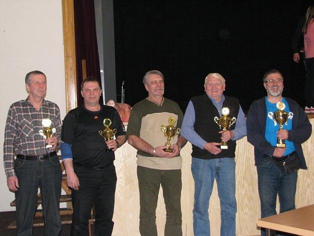 V Bíteši se odehrál závěrečný turnaj letošní mariášové ligy.