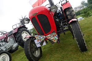 Pátá traktoriáda ve Škrdlovicích.