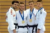 Judista David Pulkrábek (druhý zleva) vyhrál v Rijece Letní evropské univerzitní hry. Na snímku jsou medailisté jeho kategorie do 60 kg.