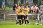 Fotbalisté brněnské Zbrojovky postoupili do druhého kola přes divizní Žďár nad Sázavou, který porazili na jeho hřišti 4:0.