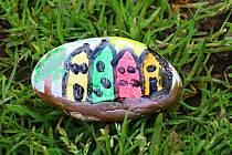 Zábava pro malé i velké. Malování kamínků.