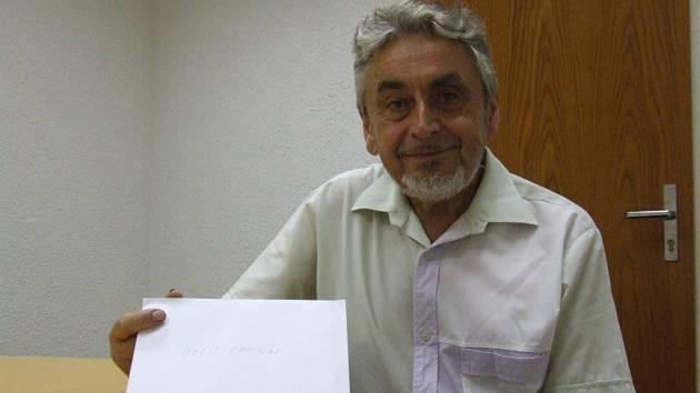 Miroslav Gregor se svou obálkou plnou víry.
