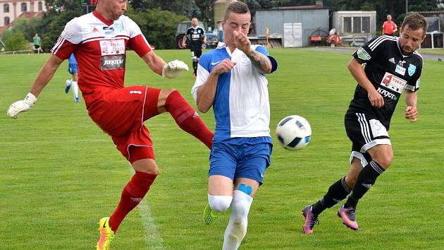 Fotbalisté Polné přivítali na svém hřišti druholigové Znojmo, které na Vysočině potvrdilo roli favorita a vyhrálo rozdílem třídy.