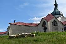 Krajina pod památkou Unesco už je zase jako z barokního obrázku.