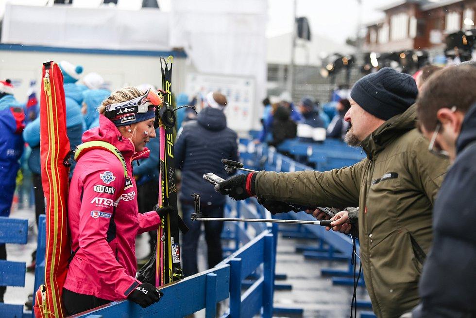 Závod SP v biatlonu (štafeta ženy 4 x 6 km) v Novém Městě na Moravě. Na snímku Markéta Davidová.