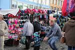 Tradiční trh v centru Žďáru.