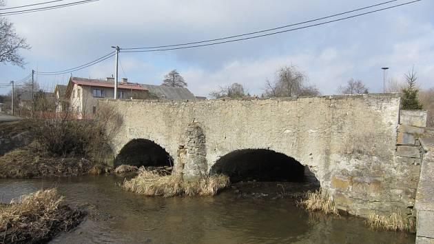 Most z roku 1847 ve Světnově na Žďársku byl vyhlášen kulturní památkou.