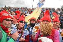 Závody horských kol si v Novém Městě na Moravě už našly své příznivce. Fanoušci přijíždějí do Vysočina Areny nejen ze všech koutů České republiky, ale také ze sousedních i vzdálenějších zemí.