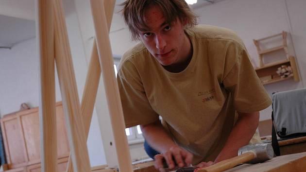 Ladislav Bureš (na snímku) z pořádající pelhřimovské střední školy bral nakonec pěkné páté místo.
