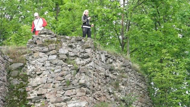Rozsáhlou hradní ruinu, která je celoročně středem zájmu turistů, čeká především statické zajištění, protože v současné době je vstup na hradby pouze na vlastní nebezpečí.