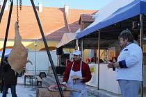 Bohatý doprovodný program v Centru bude určený pro gurmány i pro rodiny s dětmi. Lidé ochutnají spoustu masa i kouřové pivo.