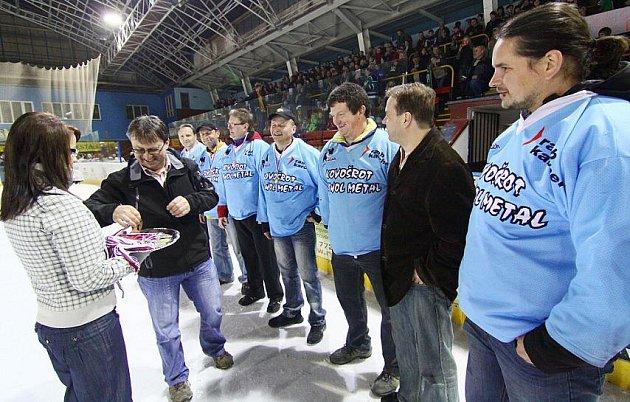 Vesnické hokejové lize kralují Bohdalečtí.
