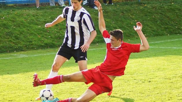 Derby rezerv v Novém Městě domácím nevyšlo. O jedinou branku zápasu se postaral Lukáš Filippi, zbytek příležitostí uhasily pevné defenzivy.