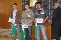 V kategorii soustružení nejvyšší příčky obsadili (zprava)  Petr Dočkal, SOŠ Jana Tiraye Velká Bíteš (1. místo), Vít Bureš, SOŠ Jana Tiraye Velká Bíteš (2. místo) a  Daniel Pavlínek, SŠŘS Moravské Budějovice (3. místo).