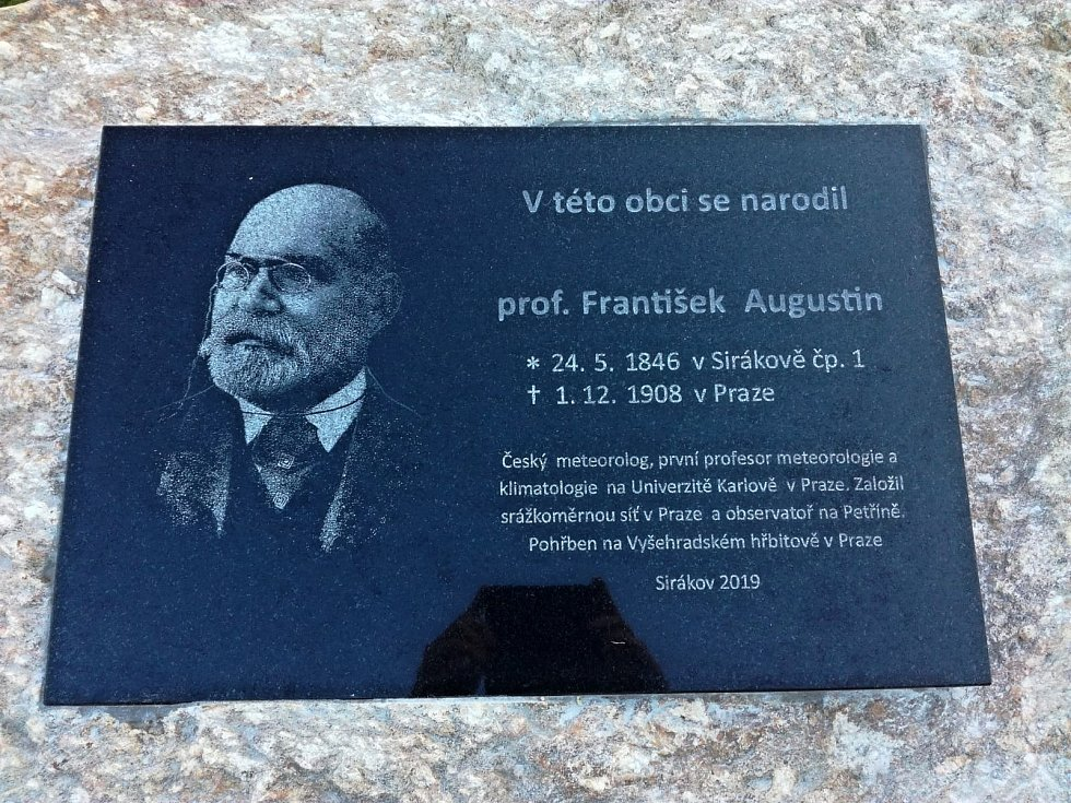 František Augustin byl meteorolog, astronom a geograf.