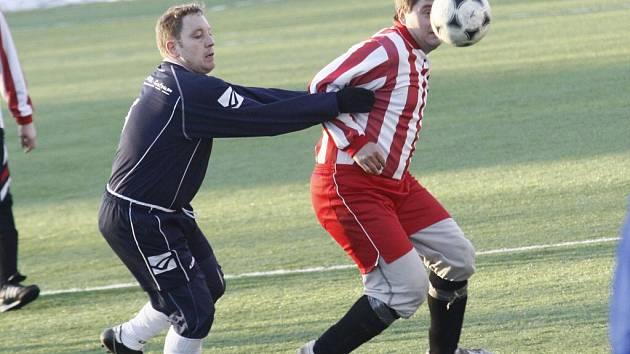 Fotbalisté Herálce si na umělou trávu do Žďáru přizvali Vítanov, který porazili 3:1.