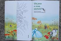 Dětskou knížku napsala meziříčská autorka Zdena Poláková, malovala Vlasta Hábová.